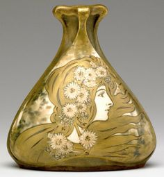 RIESSNER, STELLMACHER & KESSEL (AMPHORA) -  Art Nouveau vase with maiden in profile and daisies.