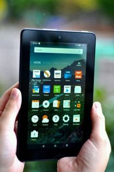 "KiNDLE FIRE""7 inch"" IPS 8 GB Black w/ Front & Rear Camera    https://t.co/PYR84MYn9q https://t.co/JI14kZN3f0"