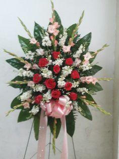 Funerario Gladiolas, rosas, stock