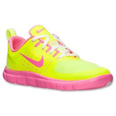 She'll be the queen of the playground in the performance driven Nike FS Lite Run Running Shoes.