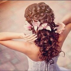 Fun, cute quince hairstyle!