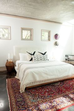 red and white eclectic bedroom