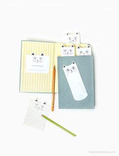 Cute cat bookmarks- Printable from the website.