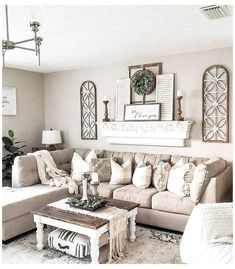 Living Room Sofa Design, New Living Room, Living Room Designs, Home And Living, Small Living, Design Room, How To Decorate Living Room Walls, Living Room Decorating Ideas, Living Room Wall Ideas