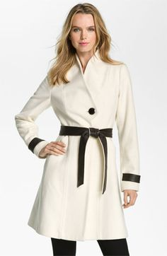 loving this black + white coat by badgley mischka