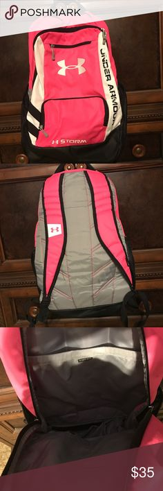 Backpack Under Armour backpack, great condition, smoke free home Under Armour Bags Backpacks