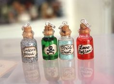 Tiny Bottle Charms. Want to make some for Katherine. Teen fun.