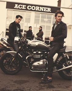 // Babes // Bikes