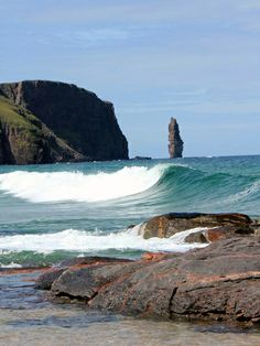 Am Buachaille sea stack, Sandwood Bay, Sutherland, the Highlands, Scotland