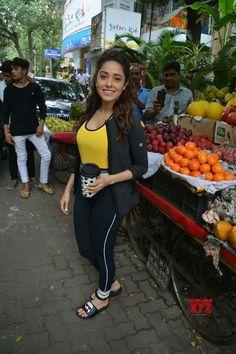 Mumbai: Nushrat Bharucha seen in Bandra - Social News XYZ Photos: seen in Bandra Bollywood Girls, Bollywood Actress, Bollywood Bikini, Hot Actresses, Indian Actresses, Photos Of Priyanka Chopra, Indian Gowns Dresses, Indian Girls Images, Most Beautiful Indian Actress
