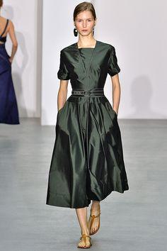 Jasper Conran Spring/Summer 2017 Ready To Wear Collection British Vogue Fashion 2017, Runway Fashion, Fashion Show, Womens Fashion, Fashion Design, Fashion Trends, Fashion Check, Pretty Dresses, Beautiful Dresses