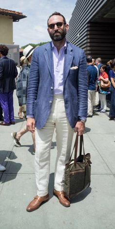 - 12 STRONG STYLE- POINTERS FROM PITTI UOMO 90 (S/S 2017)
