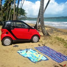 Instagram photo by @sjrazalas2 #smartcar #beach