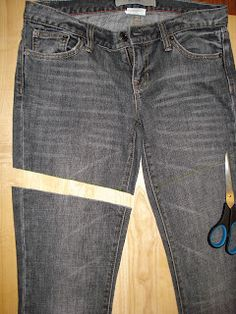 Suitably Helping: DIY Cut-off Jeans