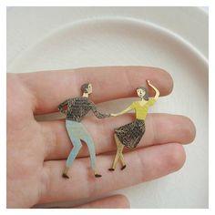 Breadcrumbs Crafts- Brass handcrafted brooch Lindy Hop dancers