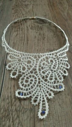 Necklace - bobbin lace with swarovski elements