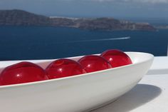 Astra Suites Santorini is a luxury all-suite accommodation hotel in Imerovigli, famous for honeymoons, weddings and sunset views. Bad Breath, Fix You, Serving Bowls, Improve Yourself, Diet, Tableware, Decor, Dinnerware, Decoration