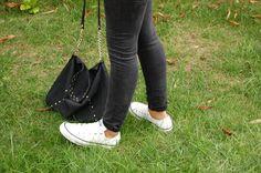 www.thesilverfelines.blogspot.com style, outfit, pantalones de zara, bolso de mango, zapatillas converse
