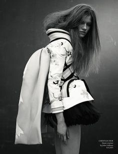 "johngallianolesincroyables: "" John Galliano for Chrisitan Dior Spring Summer 2007 Couture """