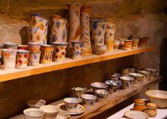 Découvrez le savoir-faire des artisans de Saint Quentin la Poterie. Une tradition vieille de plusieurs siècles et reconnue à travers la France, mais aussi à l'international Le Gard, Pont Du Gard, Artisans, France, Camargue, French Resources