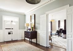 Classic Georgian Colonial with Transitional Interiors (via Bloglovin.com )
