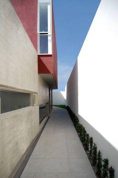 Ph4 House / T38 Studio, Pablo Casals-Aguirre