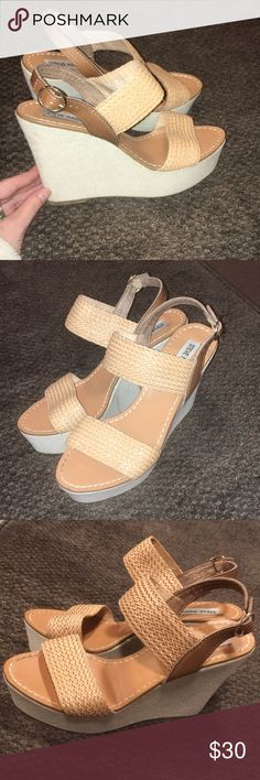 Steve Madden tan woven canvas platform wedges! Excellent Like new condition! There are a few spots on the back of the right shoe as pictured. Check out my other listings! Bundle and save:) Steve Madden Shoes Wedges