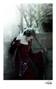 Red Queen by Costurero-Real.deviantart.com on @deviantART