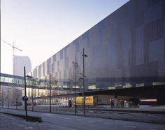 Mediamarkt - Eindhoven, The Nederlands - external coverings with Sculpture by Cerdomus