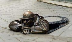 Sculpture / Viktor Hulik