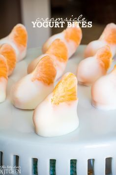Creamsicle Yogurt Bites, clementines dipped in vanilla yogurt and frozen for a fun, healthy snack! Creamsicle Yogurt Bites, clementines dipped in vanilla yogurt and frozen for a fun, healthy snack! Healthy School Snacks, After School Snacks, Healthy Desserts, Delicious Desserts, Yummy Food, Healthy Recipes, Healthy Breakfasts, Protein Snacks, High Protein