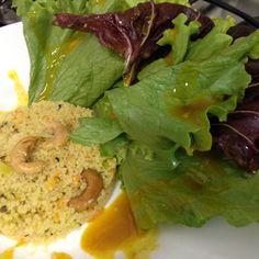 Couscous Marroquino, cenoura, alho-poró e cajú, com salada de folhas - molho de mostarda e mel 16.04.15