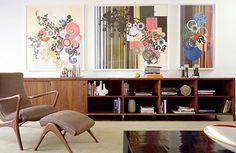 Mid century inspired living room. http://midcenturyapartment.tumblr.com/post/15222820049/mid-century-inspired-living-room-i-like-those#
