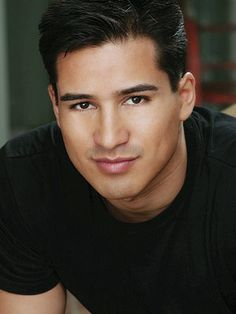 Mario Lopez....oooh, those eyes! I have loved him ever since Saved by the Bell.