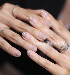 makeup nailart makeup tutorial nail art designs and makeup salon design hansen magical nail makeup and makeup salon design makeup ideas ten nail & makeup studio Gorgeous Nails, Pretty Nails, Nail Art Designs, Ten Nails, Nail Art Images, Nail Designer, Nail Art Kit, Minimalist Nails, Neutral Nails