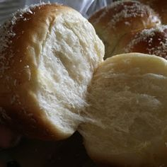 Soft milk buns added with natural yeast for better aroma and texture. The buns were filled with moist grated coconut swe. Coconut Buns, Milk Bun, Resep Cake, Palm Sugar, Bread Recipes, Baking, Breads, Natural, Food