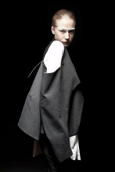 Deconstructed jacket by Caterina Ciuffoletti, Bunka Fashion College | muuse.com