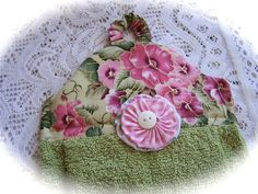 www.createdbycath.com   Delightfully Cottage chic towel topper. | Flickr - Photo Sharing!
