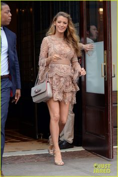 Blake Lively Wants More Than Two Kids with Ryan Reynolds!: Photo #3687136. Blake Lively steps out in two outfits while promoting her upcoming movie The Shallows on Monday morning (June 20) in New York City. The 28-year-old pregnant actress…