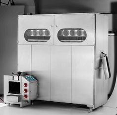 Intermediate proofer for bread dough processing line. Capacity is around 1.500 pcs./hour