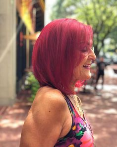 Natural red hair is breathtaking. It is a color that can't be replicated and makes short hair look stunning and unique. Although some of us aren't bor... Red Hairstyles, Pretty Hairstyles, Red Hair Trends, Shaved Pixie, Grown Out Pixie, Red Pixie, Short Red Hair, Natural Red Hair, Red Highlights