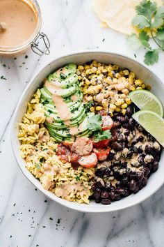 20 Vegan Recipes to Satisfy Your Mexican Cravings (Even Queso) purewow cooking dinner mexican food recipe easy vegan 395964992234480402 Gourmet Recipes, Mexican Food Recipes, Whole Food Recipes, Cooking Recipes, Easy Cooking, Mexican Cooking, Cooking Games, Steak Recipes, Organic Recipes