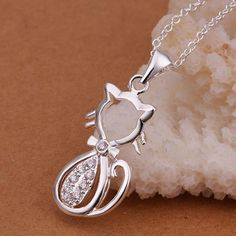 ATTENTION: 2017 Cat Lovers - Lovely Cat Silver Necklace with Cubic Zirconias