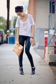 Back to Basics :: Favorite tee Wendy's Lookbook, Basic Tees, Back To Basics, White Tees, Black Pants, Mcqueen, Sporty, Urban, Chic