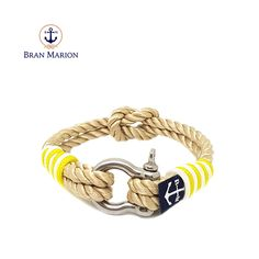 Bran Marion bracelets are the perfect casual accessory for the outdoorsy sporty types. Especially the water enthusiasts. Nautical Bracelet, Nautical Jewelry, Handmade Bracelets, Beaded Bracelets, Reef Knot, Marine Rope, Paracord Projects, Everyday Look, Jewelry Collection