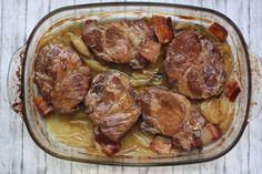 Pomaly pečená krkovička so slaninou a cibuľou – Varíme Paleo
