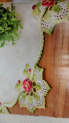 Bya Ferreira: Presentinho Círculo - Revista barradinhos em crochê