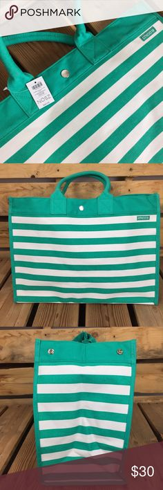 NWT Striped Chicos Tote This green and white canvas striped tote is perfect for summer! It has two closures on the side that snap for more a more compact bag or they can be undone for more space for towels, swimwear and whatever else your little heart desires. Measures 18.5 inches long, 13 inches tall and the bottom of the bag is 18.5x8 inches. There's one zipper enclosed pocket on the inside, two handles and an additional button to close the top.  ❤️ Chico's Bags Totes