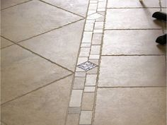 pictures of kitchen floors | Kitchen Flooring - Which is better - hardwood flooring or tile ...