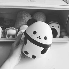 Playing with my new squishy on a sunday morning. #panda #squishy#pandasquad #pandasquishy